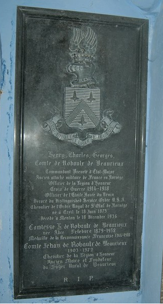 Pierre tombale de la chapelle seigneuriale St Christophe