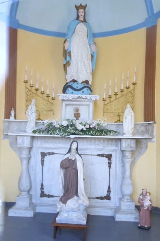 Intérieur de la chapelle N.D des Affligés
