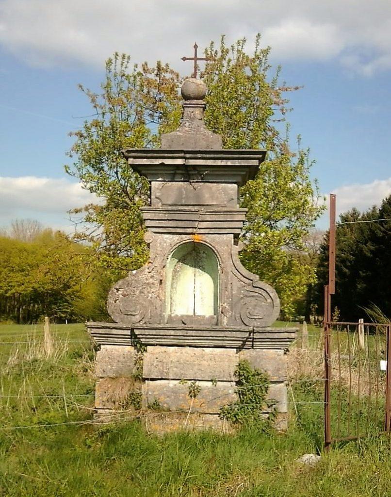 Oratoire St Etton (1739) Route de Trélon lieu-dit La Croix de Trélon