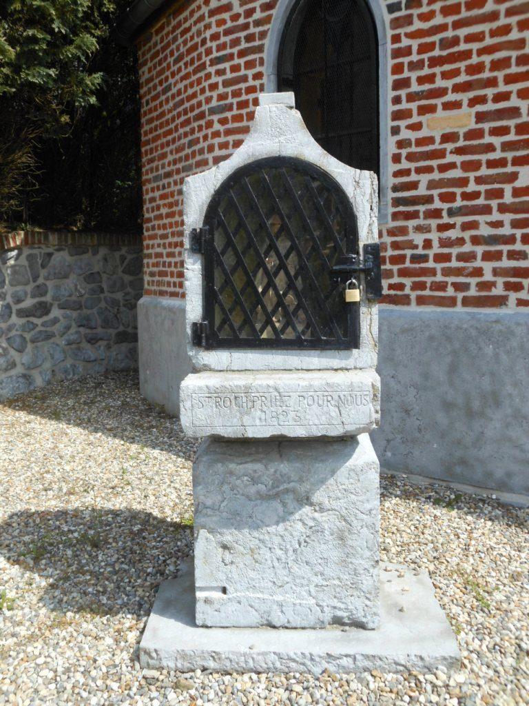oratoire dédié à St Roch 1823 - proximité immédiate de la chapelle du même nom