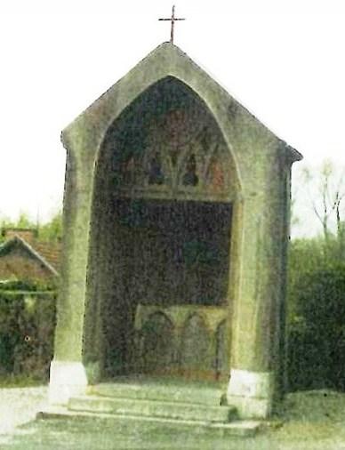 Le calvaire transformé depuis en chapelle (Photo mairie)