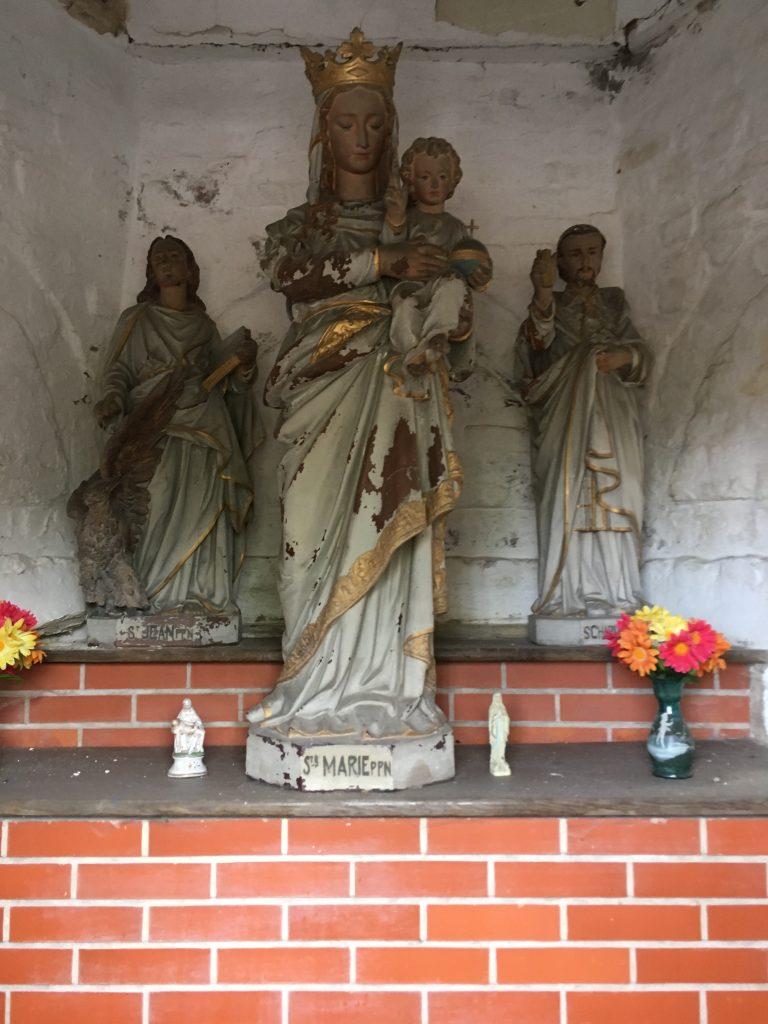 Intérieur de la chapelle St Jean
