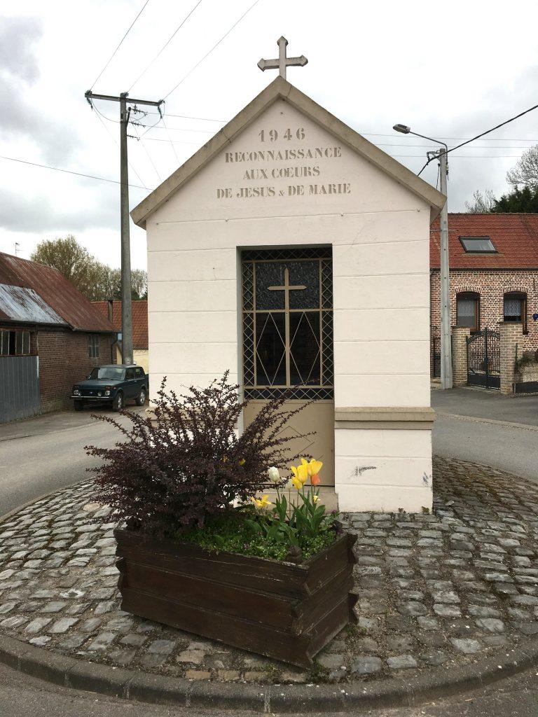Chapelle Cœurs de Jésus et de Marie (1946), Rue Basse / Rue de la Longueville
