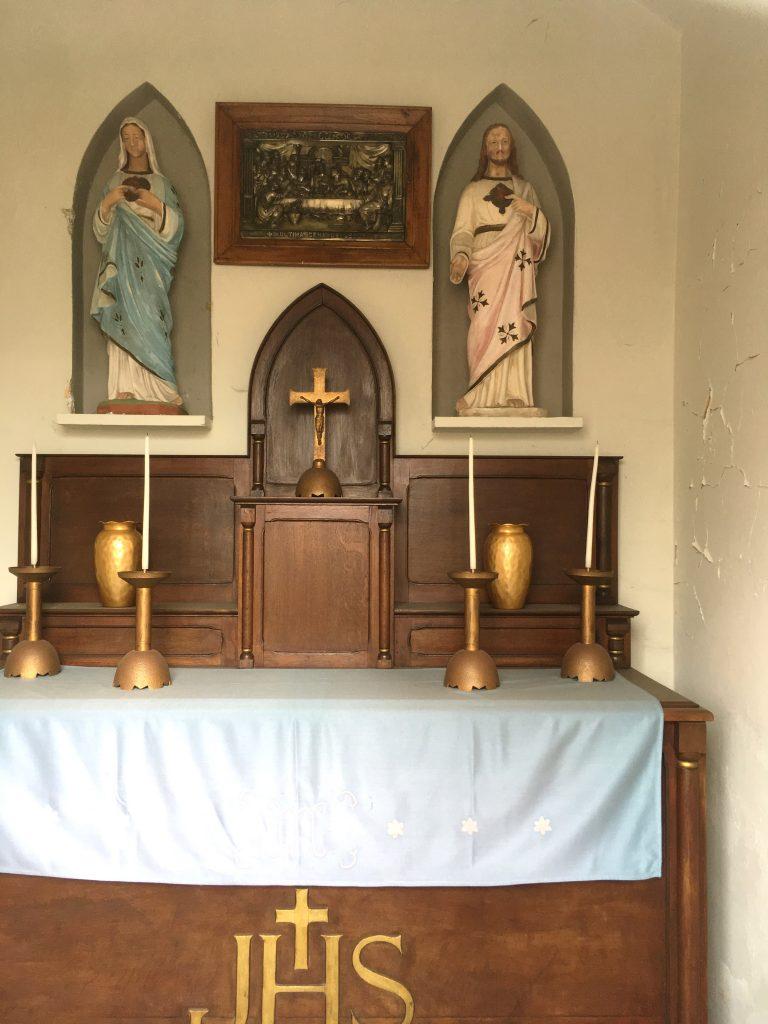 Intérieur de la Chapelle Cœurs de Jésus et de Marie