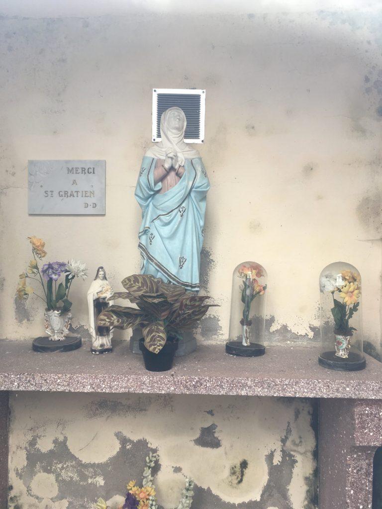Intérieur de la Chapelle de la Vierge Marie.