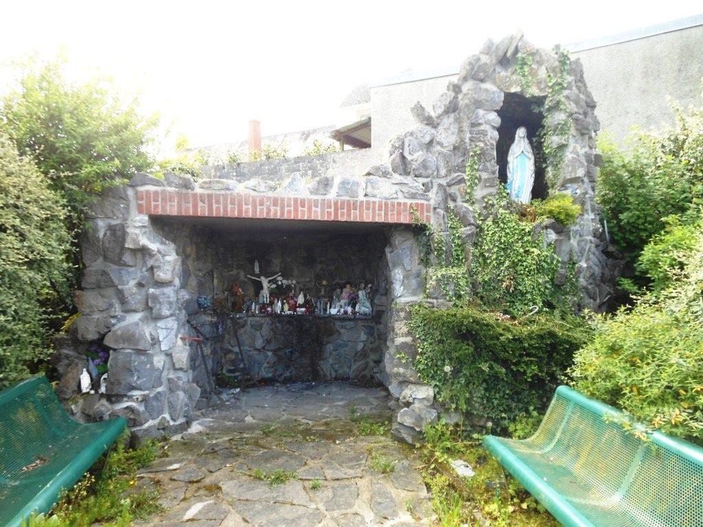 grotte de Lourdes rue Henri Barbusse lieu-dit La Place