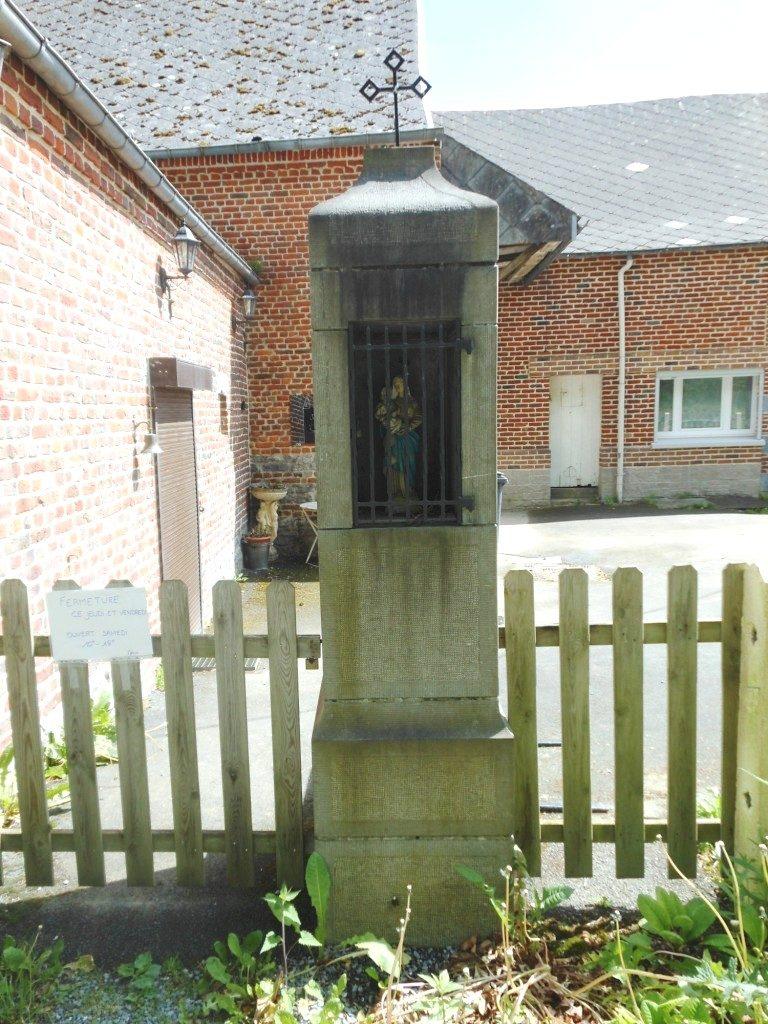 Oratoire dédié à la Vierge (1983) 26 Chaussée Brunehaut