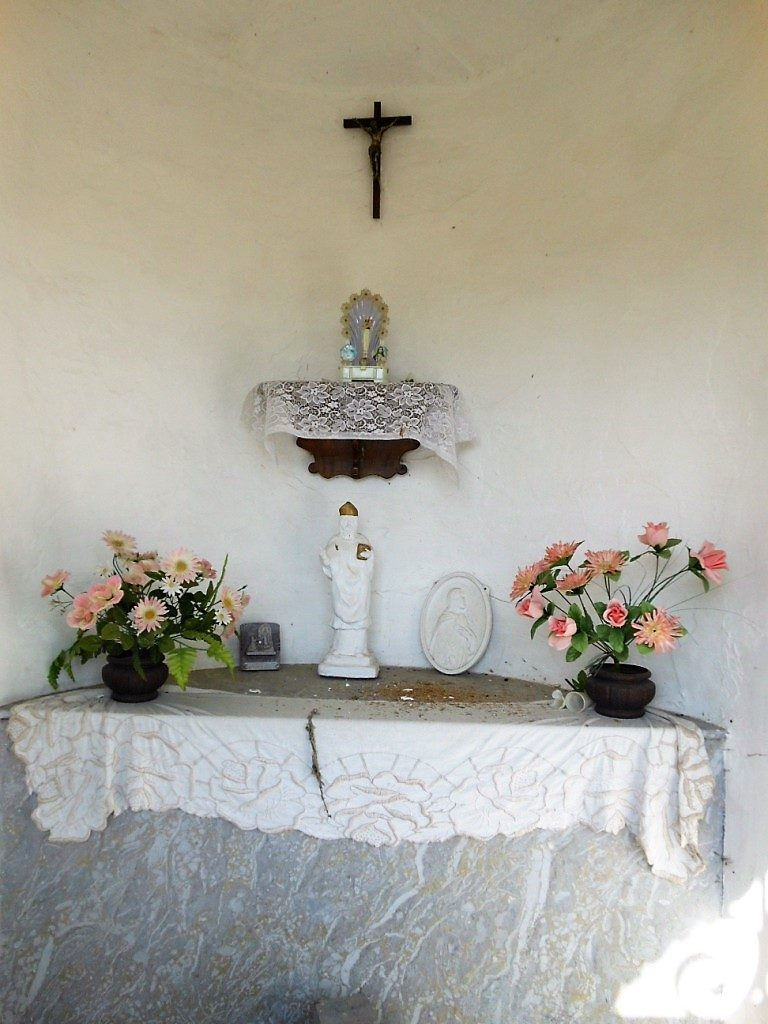 Intérieur de la chapelle St Hilaire