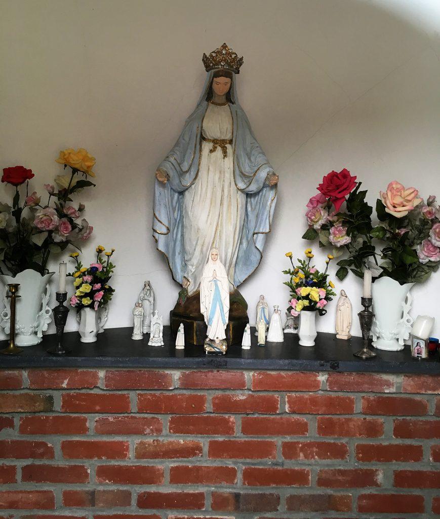 Intérieur la chapelle N.D de la Conception