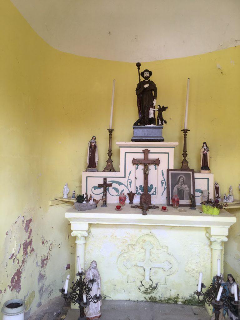 Intérieur de la chapelle Saint-Roch