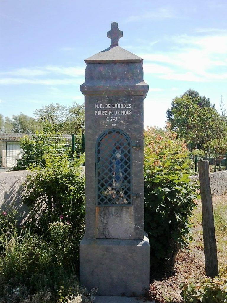 Oratoire N.D de Lourdes (1883) Route de Bavay