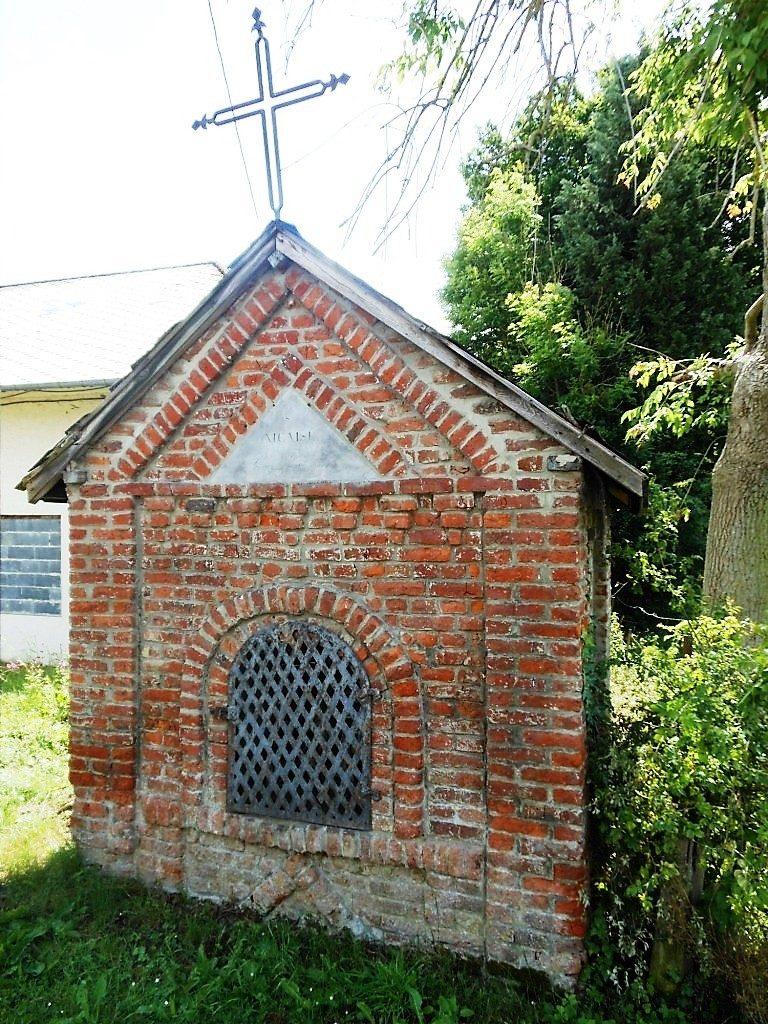 chapelle St Nicaise hameau de Buvignies D932