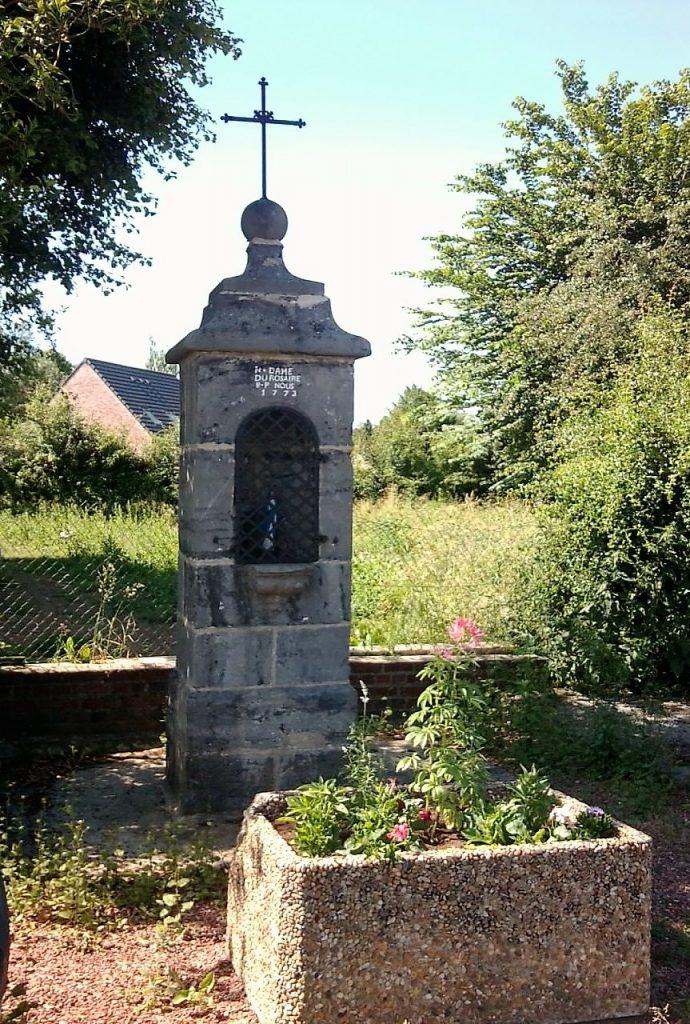 Oratoire N.D du Rosaire (1733) Route de Feignies