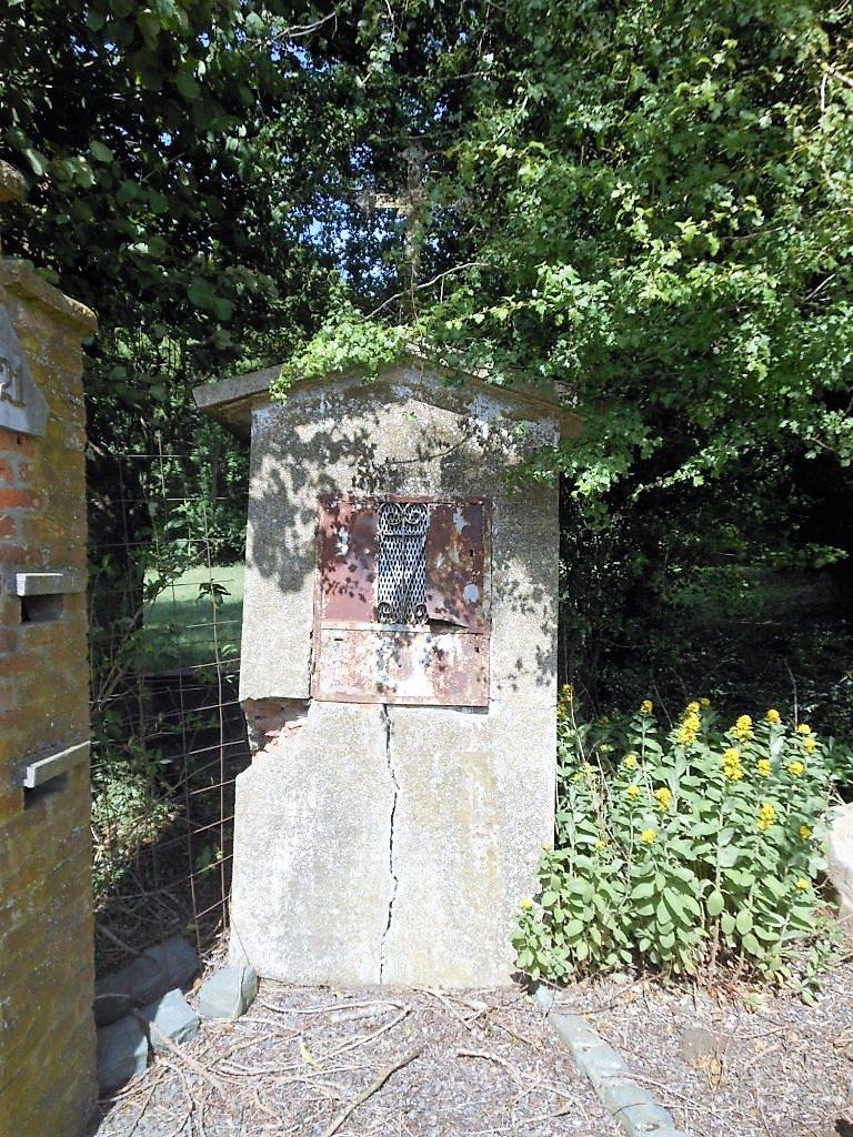 Oratoire chemin La Ruinse Hameau