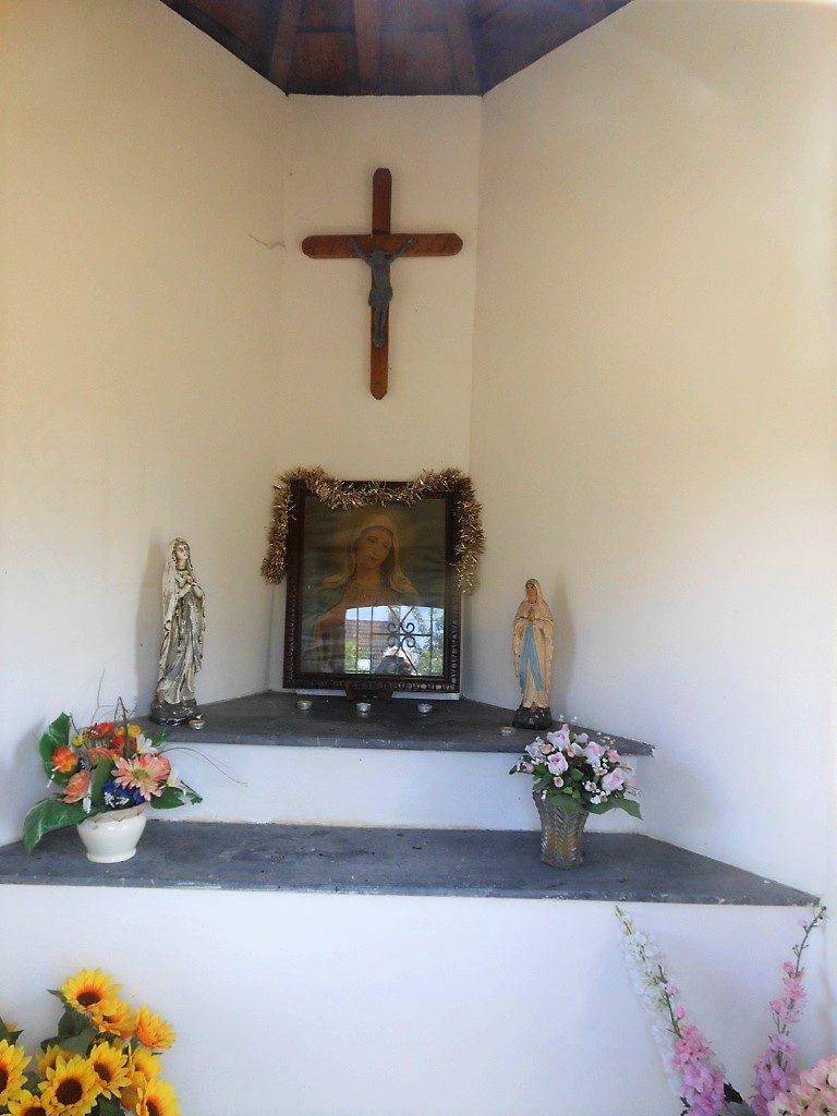 Intérieur de la chapelle N.D des Douleurs