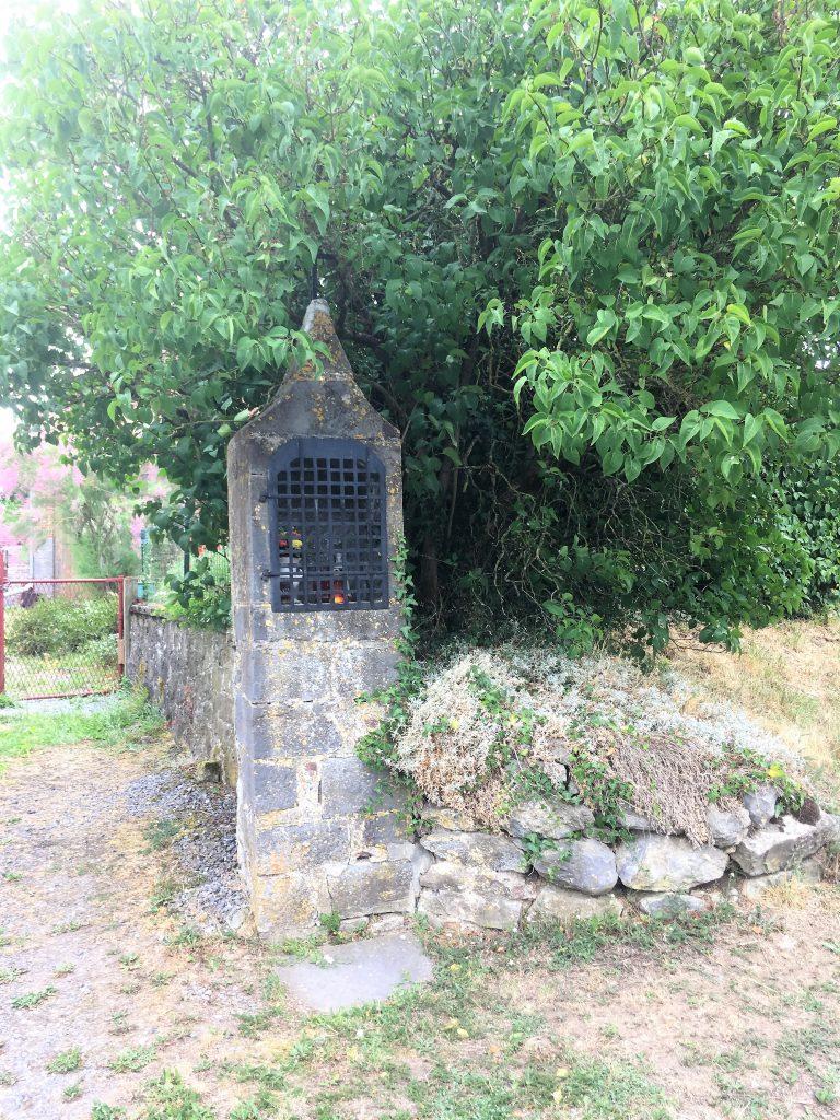 Oratoire N.D de Bon Secours (1844) Route de Pantegnies