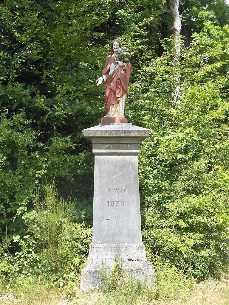 Statue du Christ (1879) Rue Vieux Chemin de Trélon
