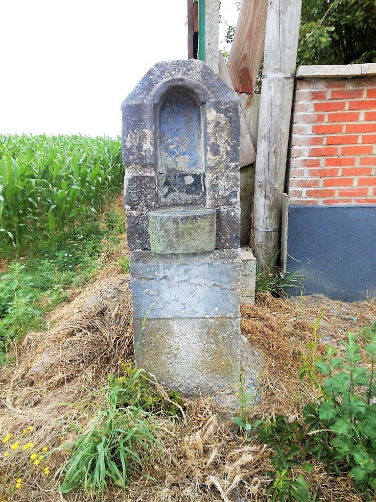 Oratoire N.D de Liesse rebâti en 1810 .Route de Mons