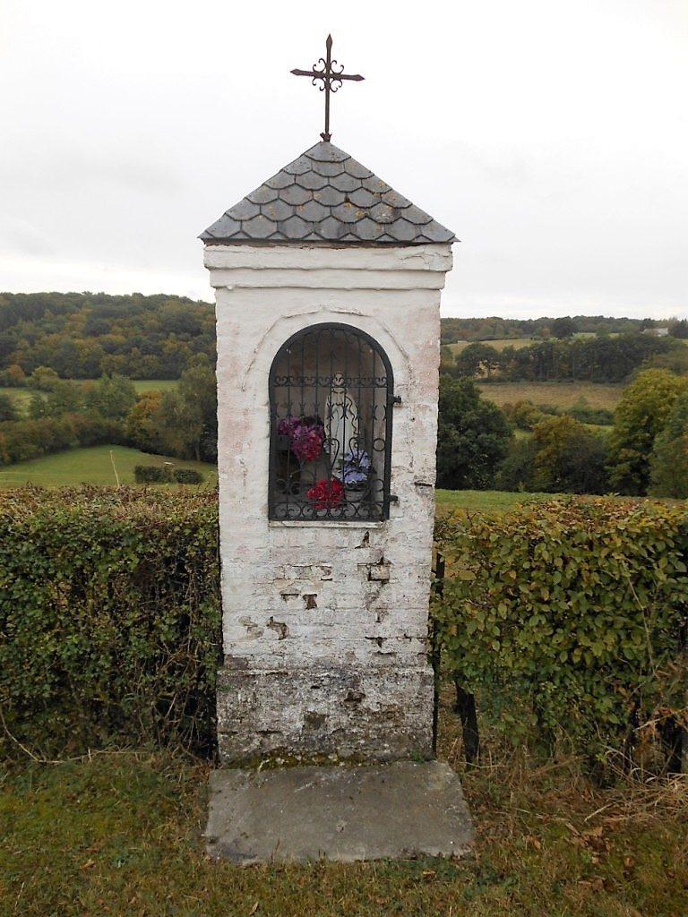 Oratoire N.D. de la Fontaine (lieu-dit le Sabot Rouge)