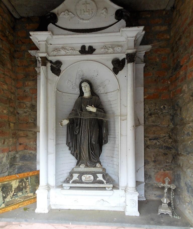 Intérieur de la chapelle N.D des Sept Douleurs