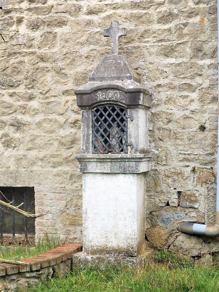 Oratoire St Etton (1900) à la Ferme à Cailloux