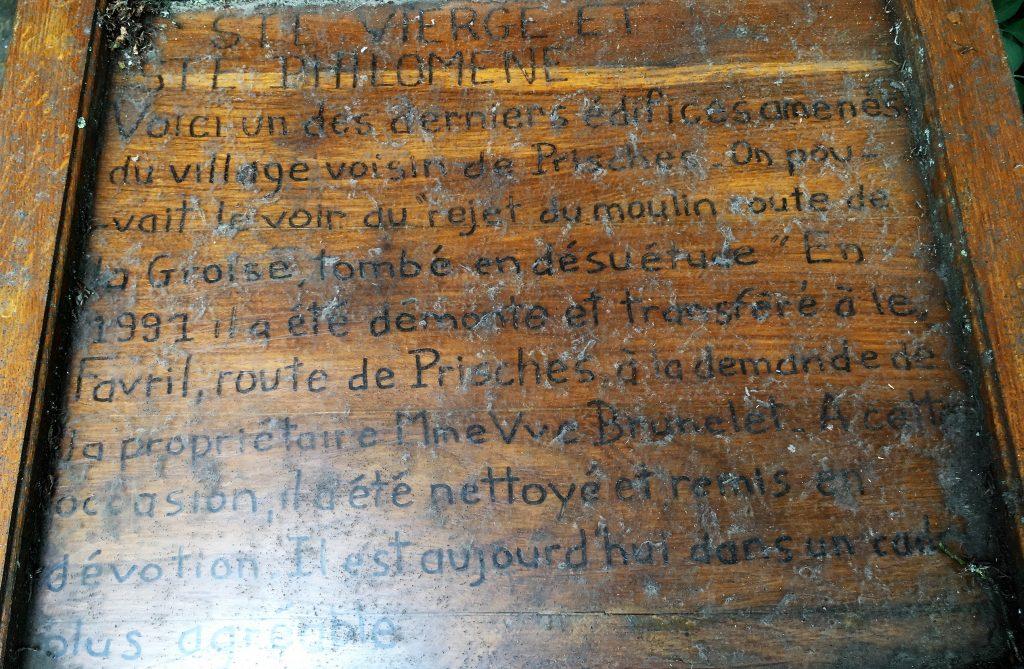 Oratoire transféré de Prisches par Mme Vve Brunelet en 1991 en vue de le sauver