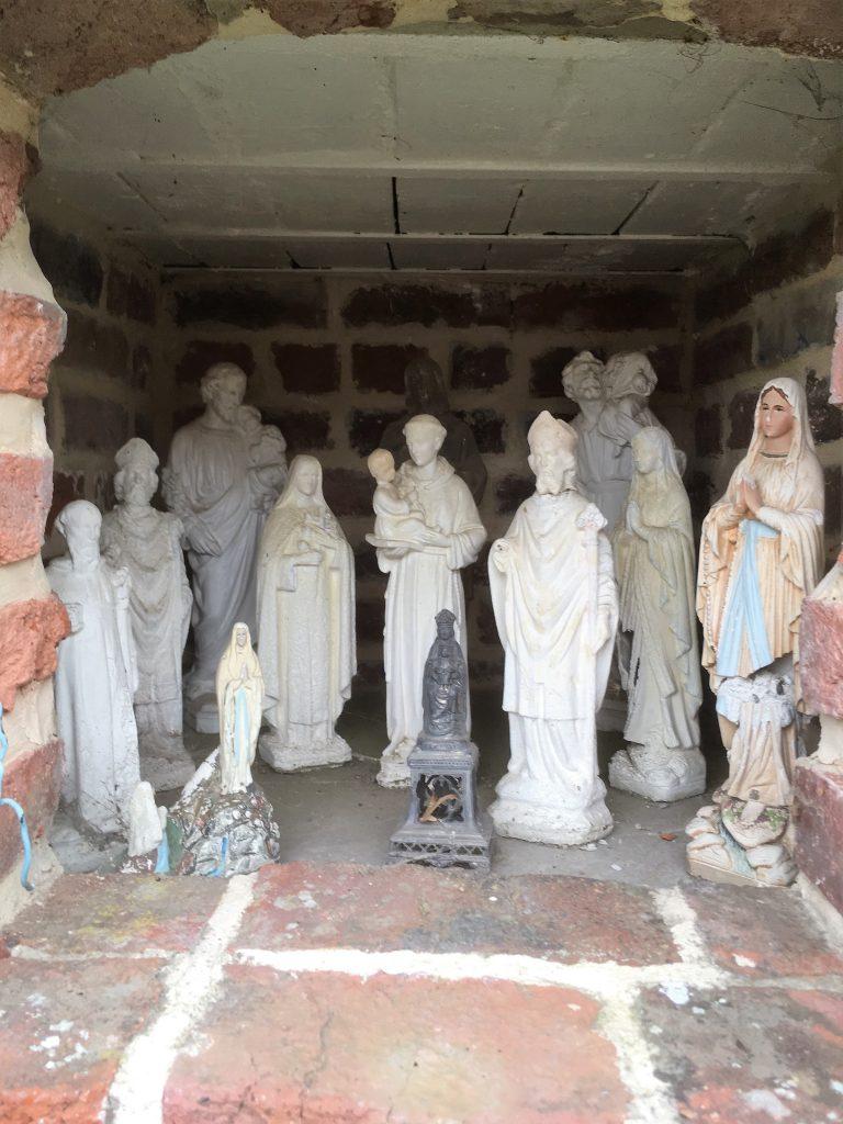 Intérieur de la chapelle, rue de Chevireuil