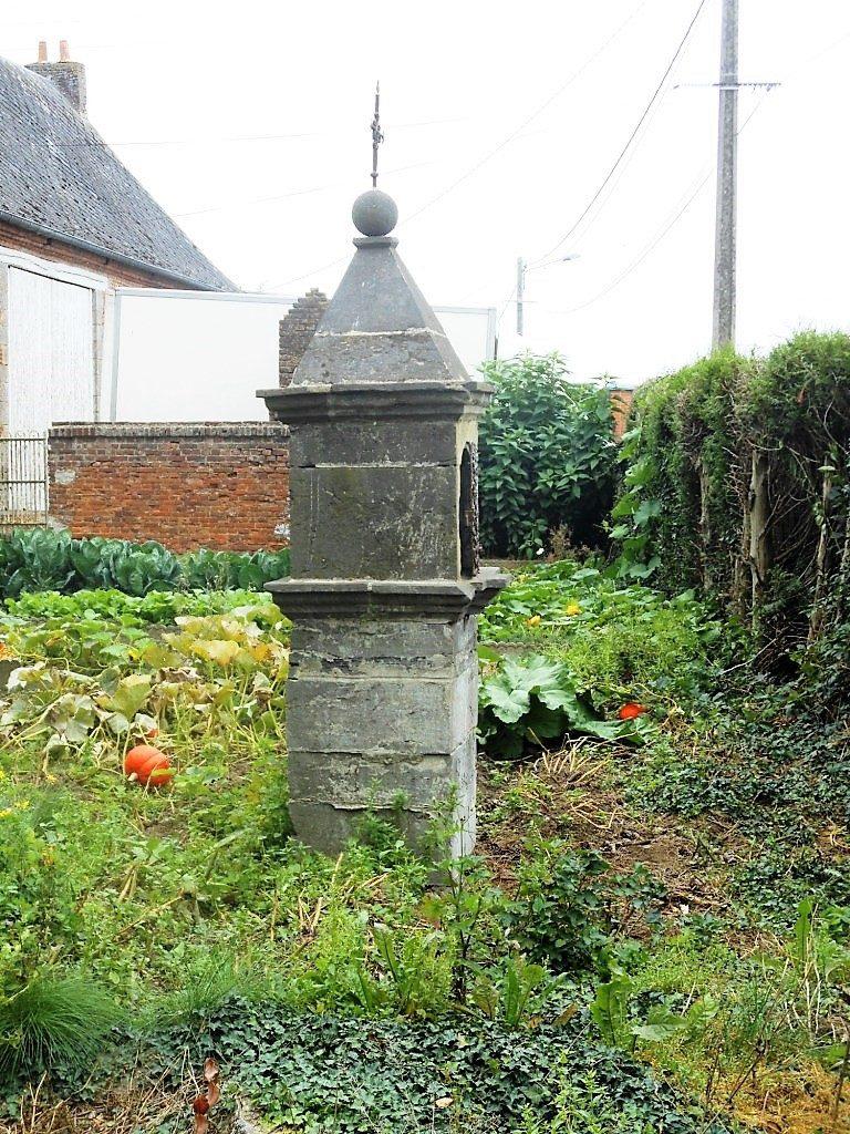 Oratoire N.D de Walcourt. Vue latérale