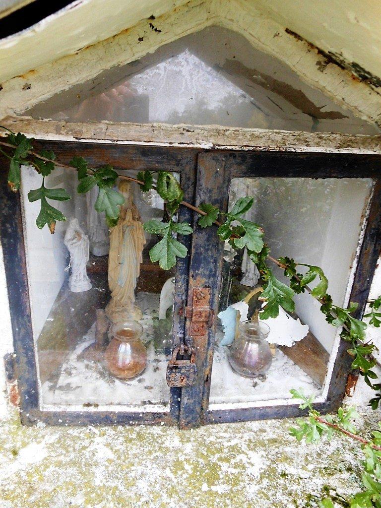 Niche de l'oratoire Ste Thérèse