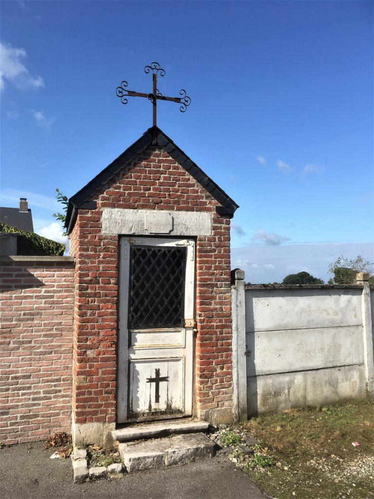 Chapelle N. D de Walcourt. Lieu dit Les Rocs.