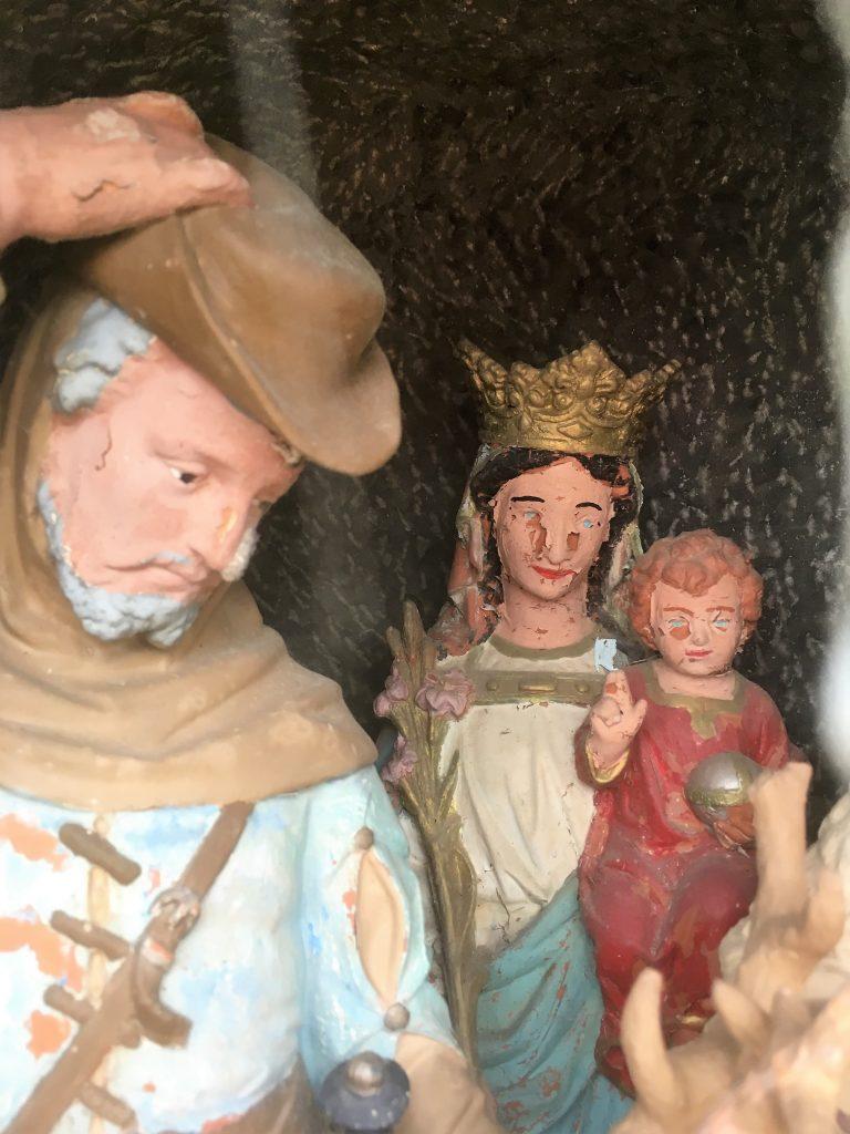 Statues de l'oratoire N.D de Délivrance St Hubert et St Jean