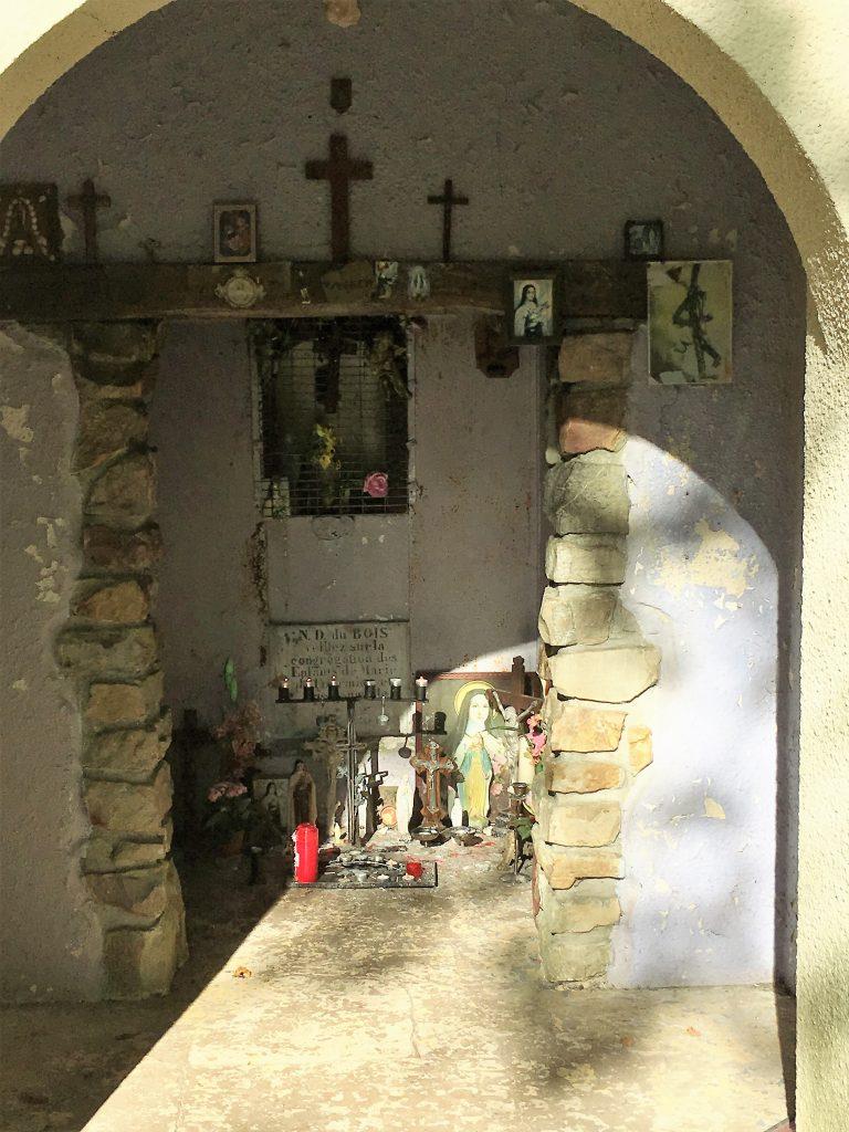 Chapelle dédiée à la Vierge